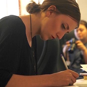 Как проводить автограф-сессии